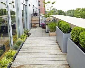 Nowoczesny mały balkon